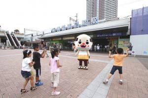 ちっちゃいおっさん(ライオン屋の最寄り駅 阪神尼崎駅にて)